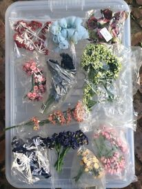 Small Craft Flowers - various colours and styles