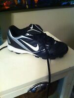 Youth Nike football cleats size 4