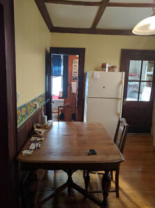 LARGE TWO BEDROOM AVAILABLE London Ontario image 4
