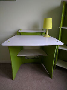 Kid bedroom set - bed, study table, bookshelf and a lamp Kitchener / Waterloo Kitchener Area image 4