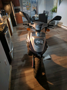 Scooter pgo bigma 2006. 1000$