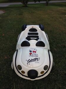 Child's SNOOPY Ride On Pedal Car, Italian Manufacturer TT Toys