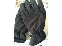 Men's black ski gloves