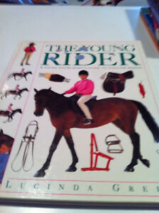 YOUNG RIDER (A Young Enthusiast's Guide to English Riding)