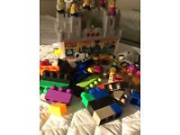 TODDLER TOYS LARGE BRICKS AND FIGURES