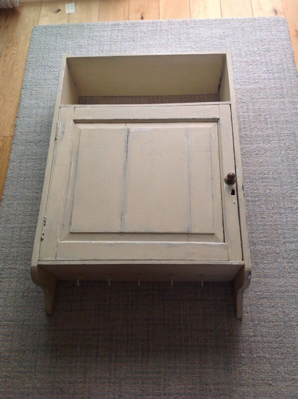 Shabby chic wall unitin SwanseaGumtree - Shabby chic will unit with 3 shelves and door 39 inch high 26 inch wide 9 inch deep