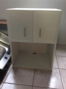 Upper cabinet  with microwave shelf