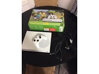Xbox one s Minecraft edition 500gb