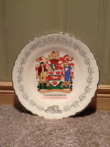 City of Guelph commemorative plate -- 22K Gold plated--new Price