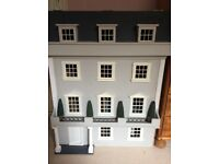 Stunning furnished dolls house