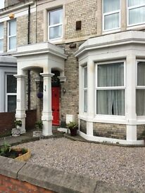 Luxurious all inclusive rooms in high spec Victorian Home close to city centre
