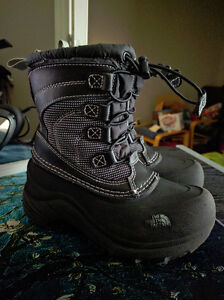 Size 11 The North Face Toddler Winter Boots, EUC London Ontario image 1