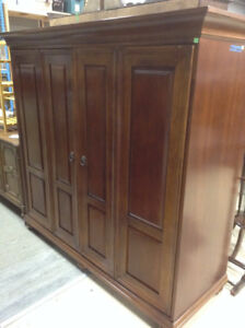 Wooden Entertainment Cabinet with Folding Doors