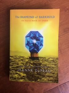 Book - The DIAMOND of DARKHOLD - The fourth book of Ember