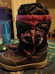 Size 11 Girls Geox Amphibiox Waterproof Winter Boots, EUC London Ontario image 3