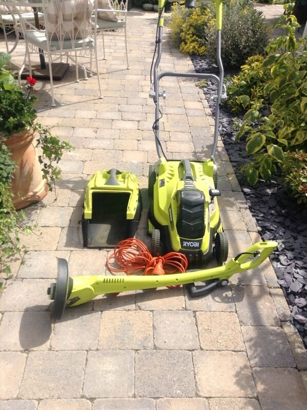 Ryobi lawn mower set with edging strimmerin Fareham, HampshireGumtree - Ryobi lawn mower 1600w, 45L with Strimmer, hardly used, less than 1 year old.First to see will buy, £50