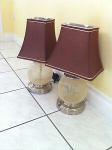 ENS. 2 LAMPES DE TABLE