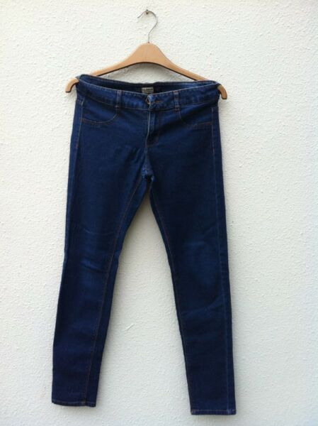 Pull & Bear jeans size EU 36. Seldom use and  in good condition.