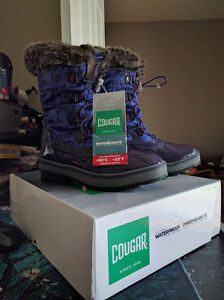 Girls Size 6 (Youth) Cougar Waterproof Winter Boots, New in Box London Ontario image 1