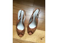Russell & Bromley London Sandals 38.5EUR- 5.5UK