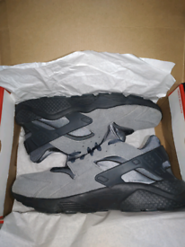 Nike Air Huarache Run - size 11uk