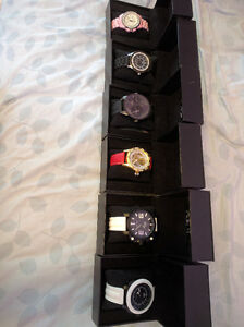 Lots DE Montre GIA Orologio Authentic A Vendre