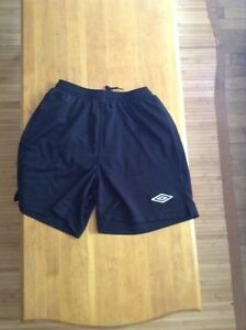 Umbro soccer shorts men's size small