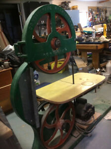 Contental band saw antique 8 1/4 inch cut from Montreal