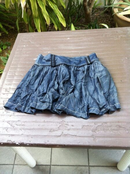 CCDD Blue Jeans skirt Size L. Brand new and never used.