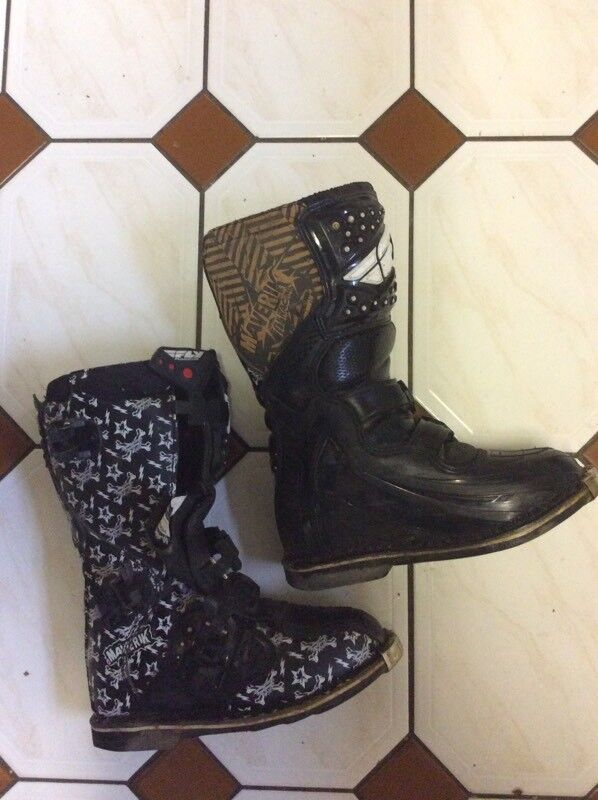 Motocross boots youth size 5