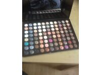 88 colour nude and smoky eye.. Very pigmented