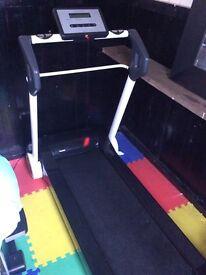 Reebok I-run treadmill (mains powered)