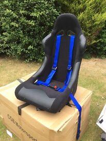 2 Racing seats