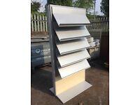 Showroom magazine book rack showcase stand shelfs bookshelf