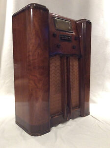 *** Antique Radio ***