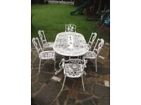 ALUMINIUM GARDEN TABLE AND 6 CHAIRS