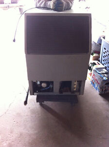 ***REDUCED***Scotsman Under Counter SCE170A-1A Ice Machine