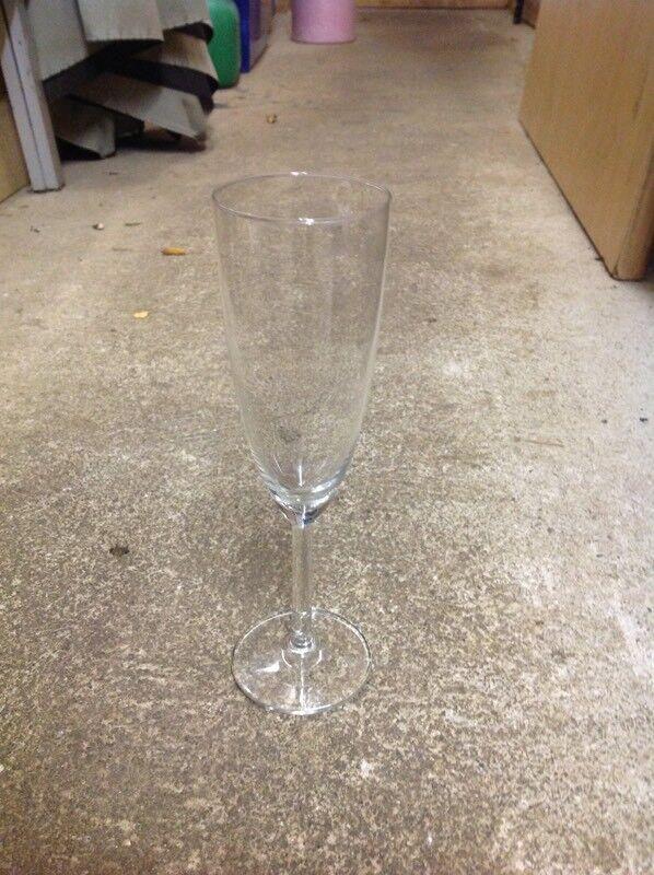 96 flute glasses