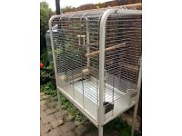 Free standing parrot cage