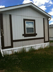 3 bed 2 bath mobile home  available oct  1 or sooner