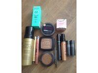 Brand new seventeen make up bundle £10