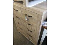 Julian Bowen Hamilton 4+2 drawer chest, brilliant condition