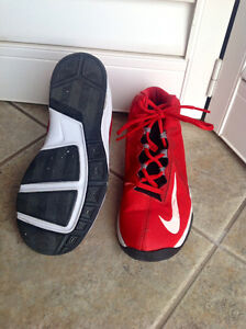 Nike AirMax Stutter Step2 basketball shoes