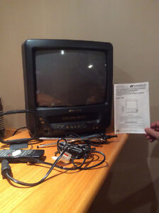 Combo TV and VCR unit