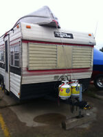 '76 Travellaire Travel Trailer - 18 Foot