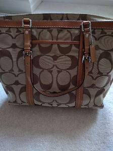 Authentic Coach Tote Bag! Great condition! Kitchener / Waterloo Kitchener Area image 1