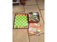 Shrek collectors chess set (complete) £10 collection coventry