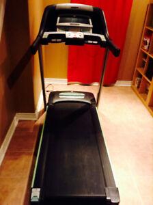 Horizon CT 5.3 Folding Treadmill