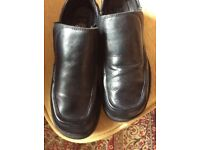 Dr. Martens Casual Black Leather Size 7