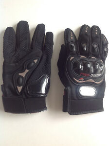 Men's Motorcycle gloves -  Large NWT